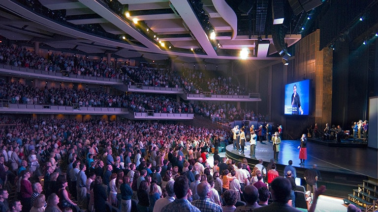 Willow Creek Community Church Adds JM-1p and 1100-LFC