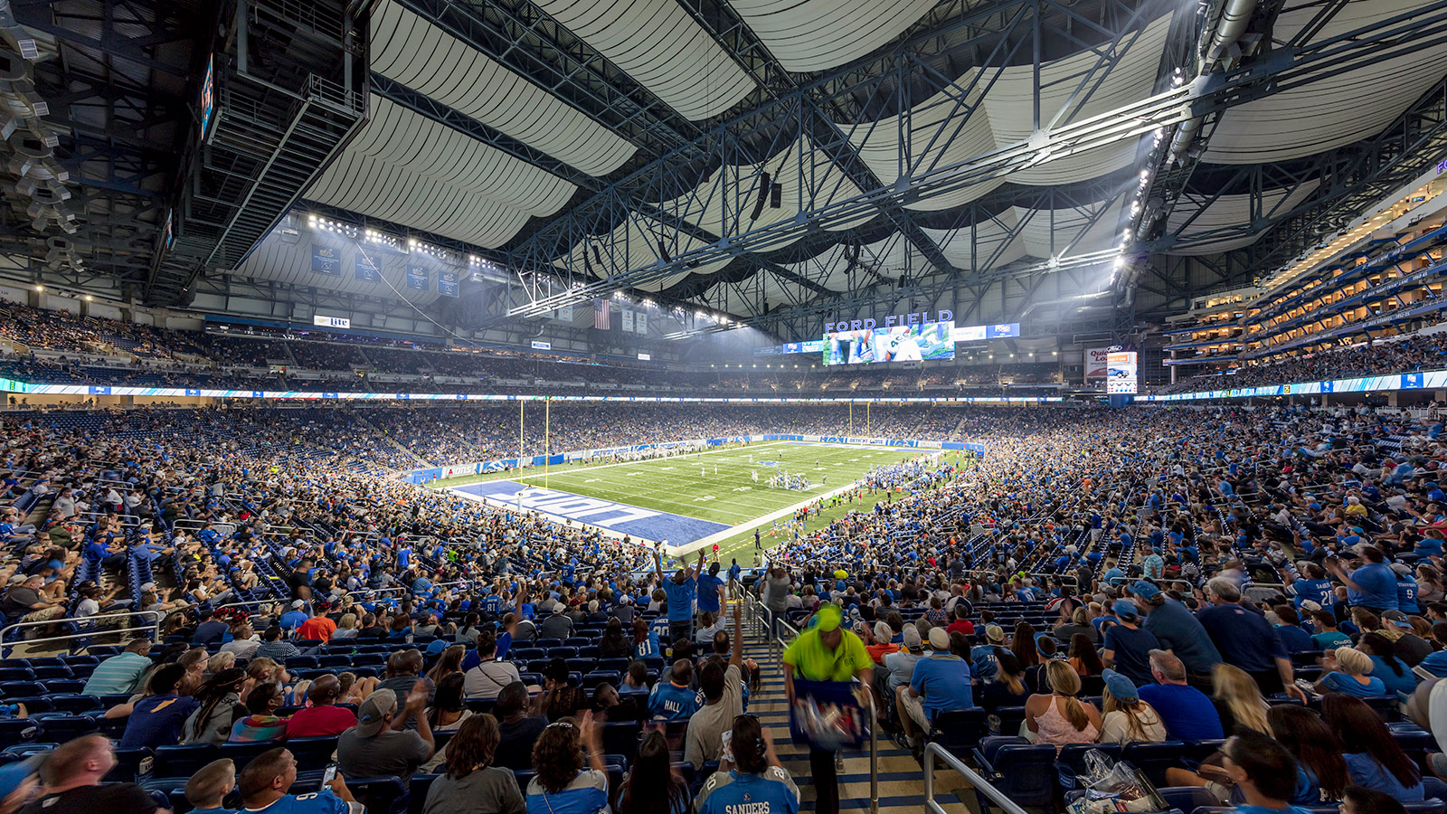 Detroit Lions, Ford Field – Detroit, Michigan