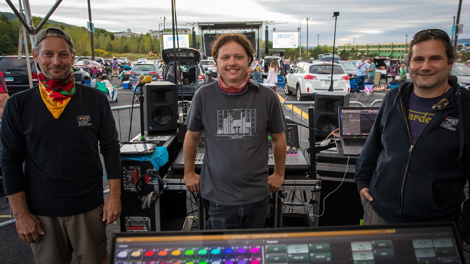 (L-R) Dave Brotman, DBS Audio Systems President; Andy Lytle, Billy Strings FOH Engineer; Mike Shoulson, DBS Audio Systems Vice President
